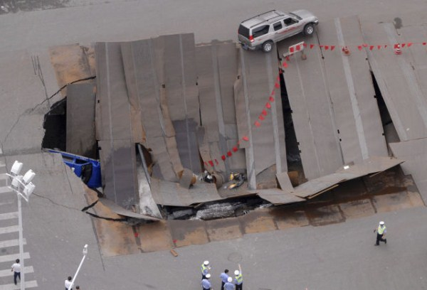an_impressive_assortment_of_sinkhole_pictures_640_41