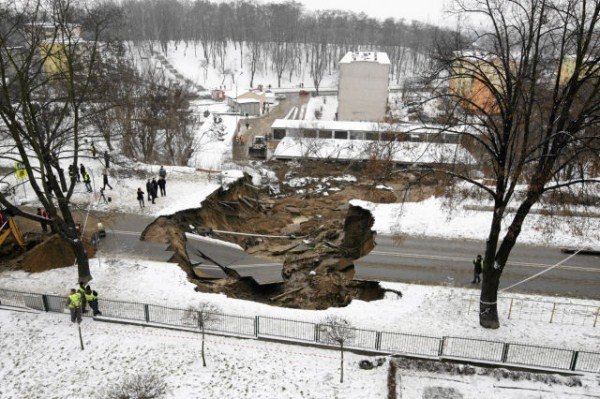 an_impressive_assortment_of_sinkhole_pictures_640_48