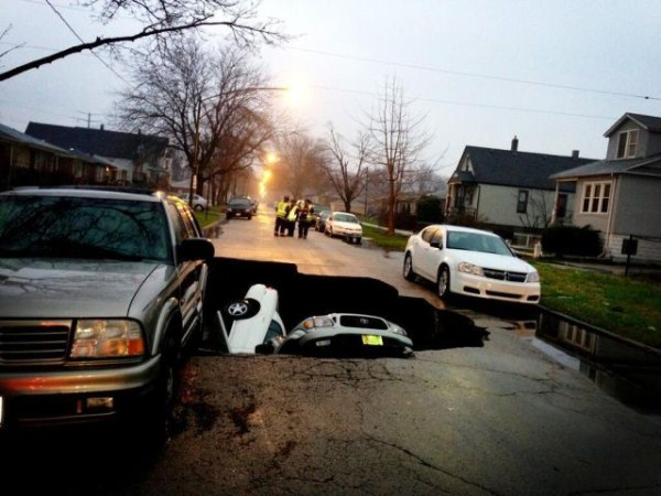 an_impressive_assortment_of_sinkhole_pictures_640_61