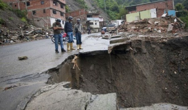 an_impressive_assortment_of_sinkhole_pictures_640_67