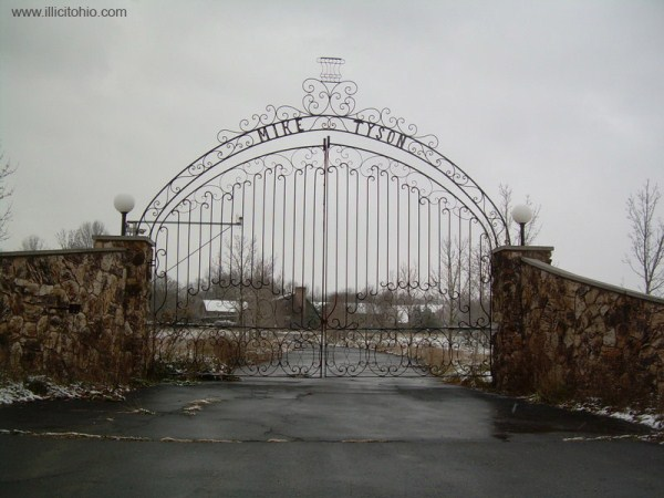 mike tyson mansion (1)