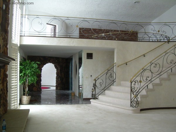 mike tyson mansion 17 Mike Tysons Abandoned Mansion (58 photos)