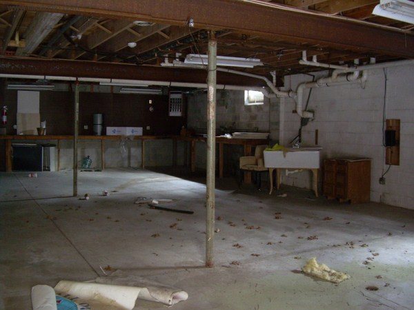mike tyson mansion 40 Mike Tysons Abandoned Mansion (58 photos)