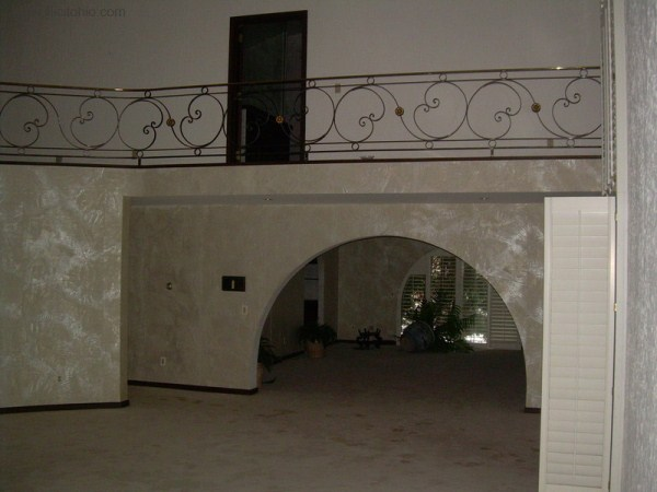mike tyson mansion 48 Mike Tysons Abandoned Mansion (58 photos)