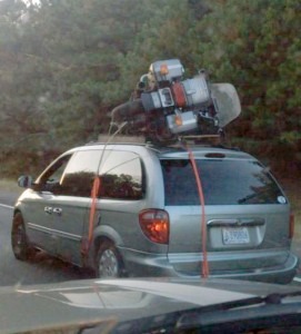 Moving Stuff That Isn't Supposed To Fit (28 photos) 13