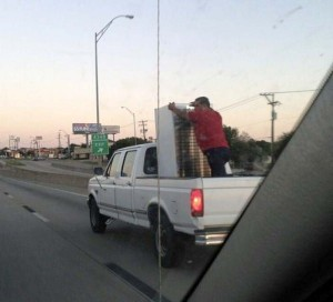 Moving Stuff That Isn't Supposed To Fit (28 photos) 5