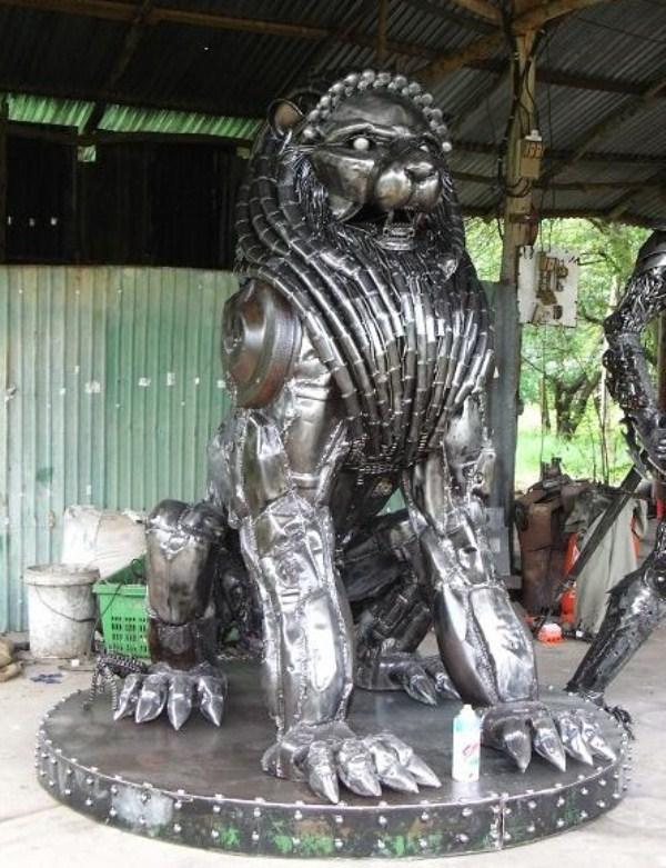 Scrap-Metal-sculptures (23)