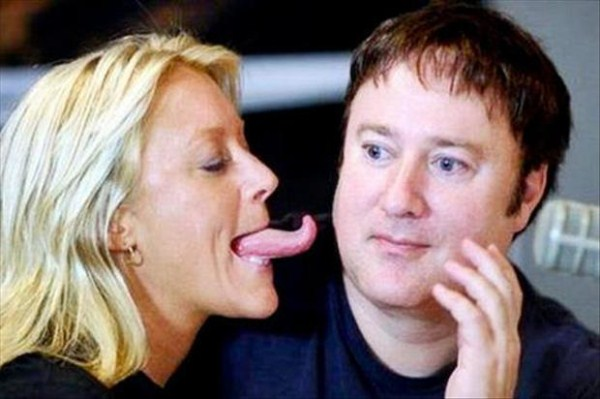Women with long tongues (2)