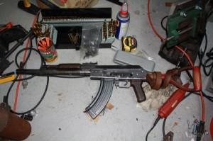 AK-47 Made out of a Shovel (49 photos) 45
