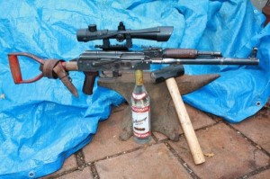 AK-47 Made out of a Shovel (49 photos) 48