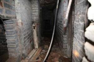 Secret Basement Found in England (13 photos) 8