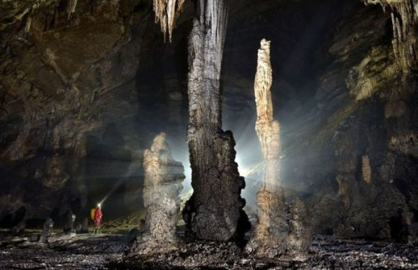 explorers_uncover_an_entire_world_inside_a_cave_02_1