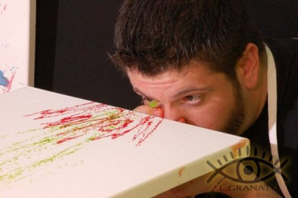 eye squirtingpaint artist 5 Painting with Eyes (26 photos)