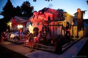 Creative Halloween House Decorations (41 photos) 19