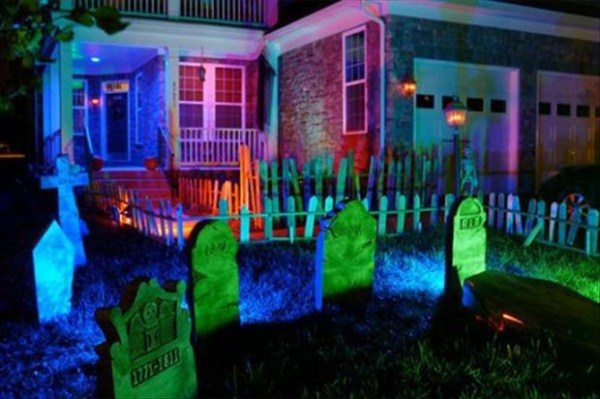 halloween-house-decorations (25)