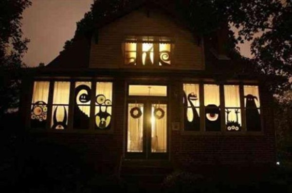 halloween-house-decorations (28)
