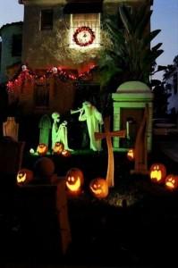 Creative Halloween House Decorations (41 photos) 32