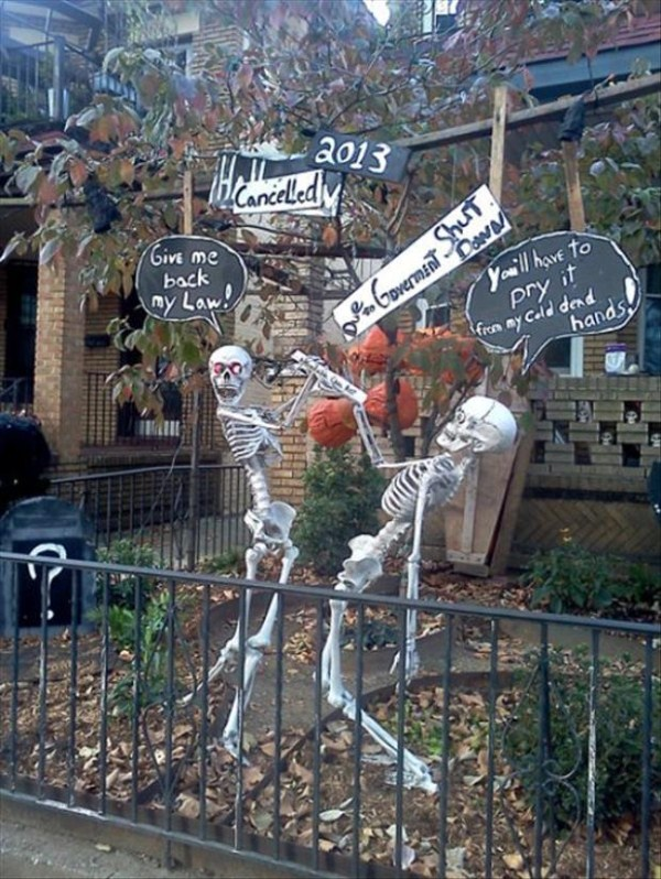 halloween-house-decorations (35)