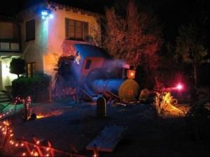 Creative Halloween House Decorations (41 photos) 40