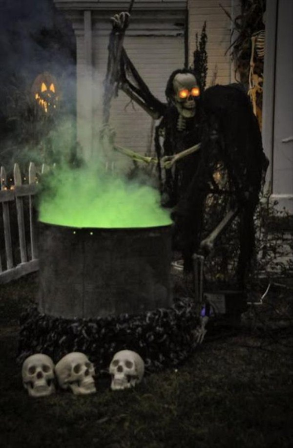 halloween-house-decorations (41)