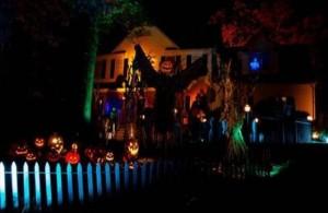 Creative Halloween House Decorations (41 photos) 5