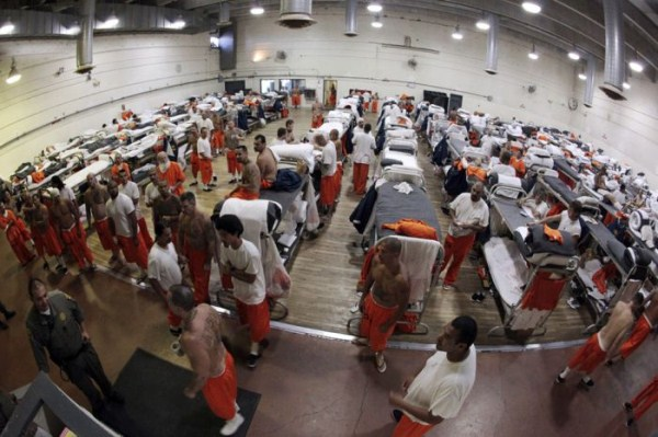 prison-life (37)