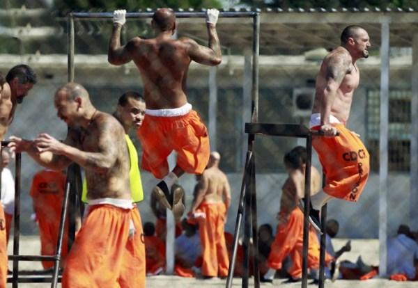 prison-life (38)