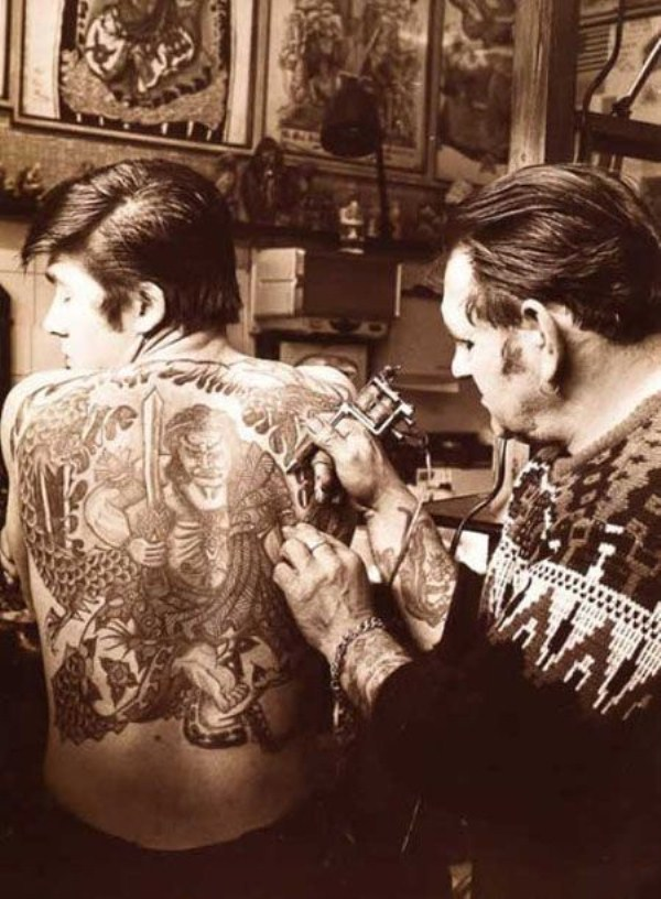 tattoos-from-the-past-25