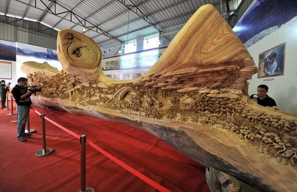 Longest Wooden Sculpture (1)