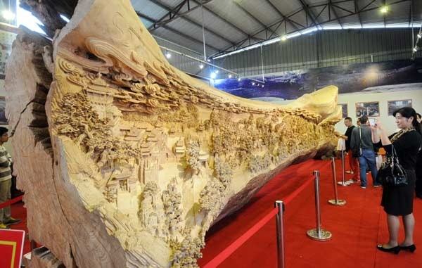 Longest Wooden Sculpture (5)