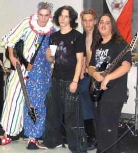 22 Awkward Band Photos (22 photos) 1