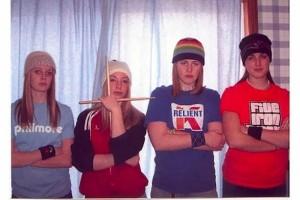 22 Awkward Band Photos (22 photos) 10