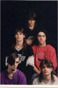 22 Awkward Band Photos (22 photos) 17