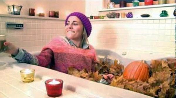 bathing in strange things 28