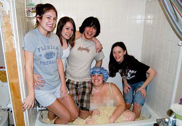 bathing in strange things 371