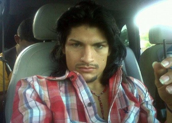 mexican drug cartels now use facebook for publicity 640 09 Mexican Drug Cartel Members on Facebook (17 photos)