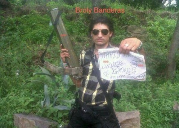 mexican drug cartels now use facebook for publicity 640 16 pictures
