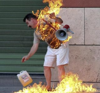 Provocative Photos Representing Our Cruel World (70 photos)