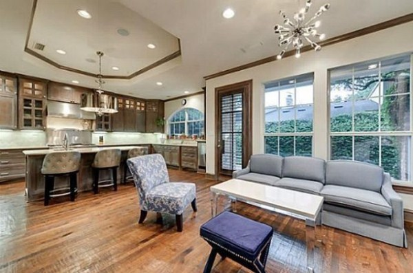 chuck norris is selling his house 17 Chuck Norris House Is For Sale (25 photos)