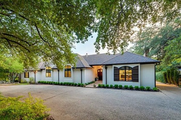 chuck norris is selling his house 2 Chuck Norris House Is For Sale (25 photos)