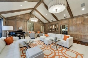 Chuck Norris' House Is For Sale (25 photos) 22