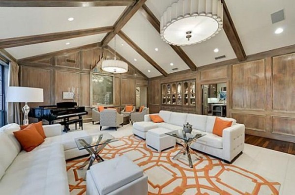 chuck norris is selling his house 23 Chuck Norris House Is For Sale (25 photos)
