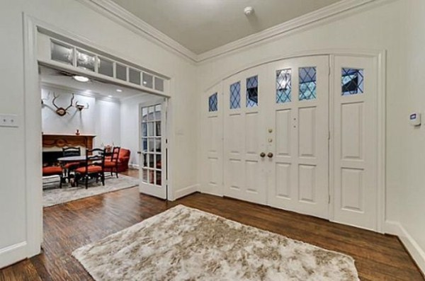 chuck norris is selling his house 3 Chuck Norris House Is For Sale (25 photos)