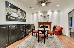 Chuck Norris' House Is For Sale (25 photos) 25