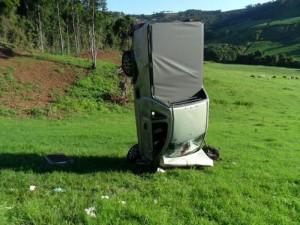 Bizarre Car Crash (7 photos) 4