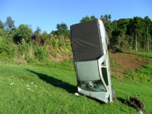 Bizarre Car Crash (7 photos) 6