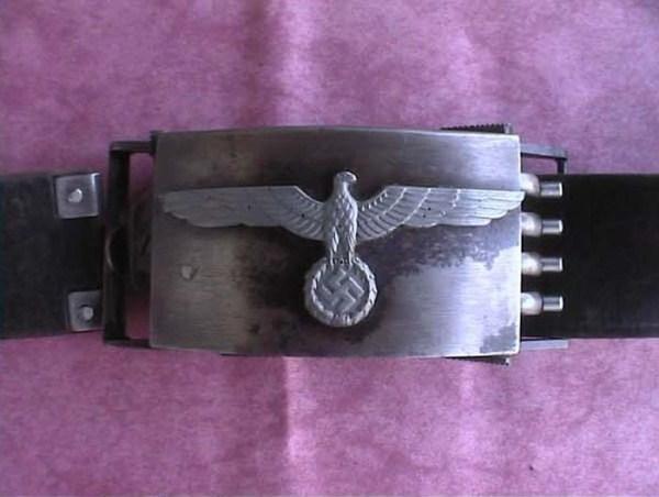 gun-belt-of-an-ss-officer-2