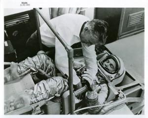 53 Rare Vintage NASA Photos (53 photos) 48