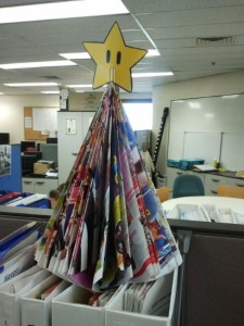 Depressing Office Christmas Decorations (17 photos) 11