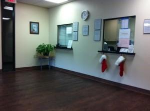 Depressing Office Christmas Decorations (17 photos) 9